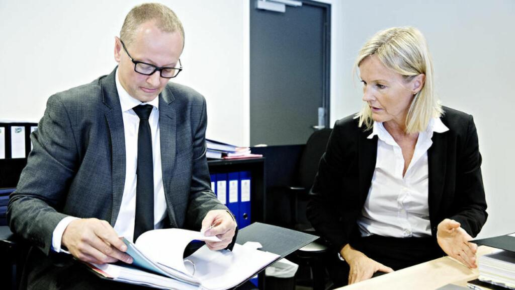 FLERE TEORIER: Statsadvokat og aktor Benedicte Hordnes støttes opp av blant andre etterforskningsleder Tor Kallmyr fra Kripos. Foto: Nina Hansen/Dagbladet