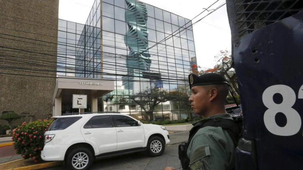 ADVOKATFIRMA: Advokatfirmaet Mossack Fonsecas lokaler i Panama City. Foto: REUTERS/Carlos Jasso