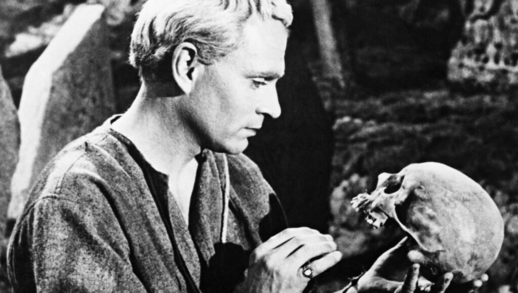 HAMLET: Her ved Laurence Olivier i 1948. Foto: Two Cities / Rank  / Album / NTB Scanpix