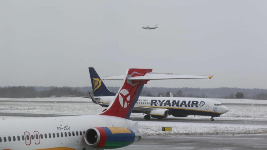 <strong>RYGGE:</strong> - At Ryanair slamrer med dørene bør ikke overraske noen, skriver artikkelforfatterne. Foto: Morten Holm / NTB Scanpix