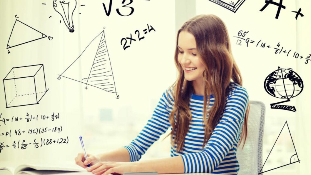 <strong>LÆRING:</strong> Er det ikke viktigst at matematikklærere i hvert fall ikke skader sine elever i bestrebelsene på å «tilføre» dem lærestoffet? spør artikkelforfatteren. Foto: Syda Productions / NTB Scanpix