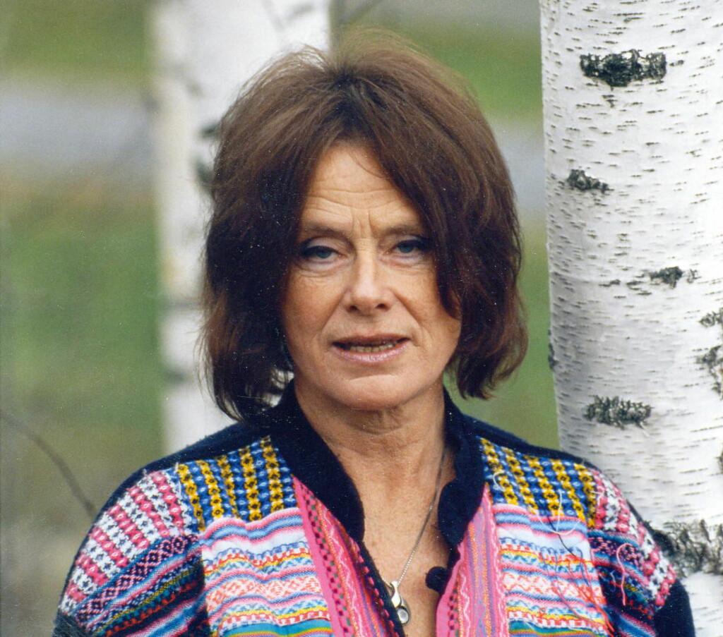 75 år dikt Dikt dronningen Eldrid Lunden runder 75 år   Dagbladet 75 år dikt