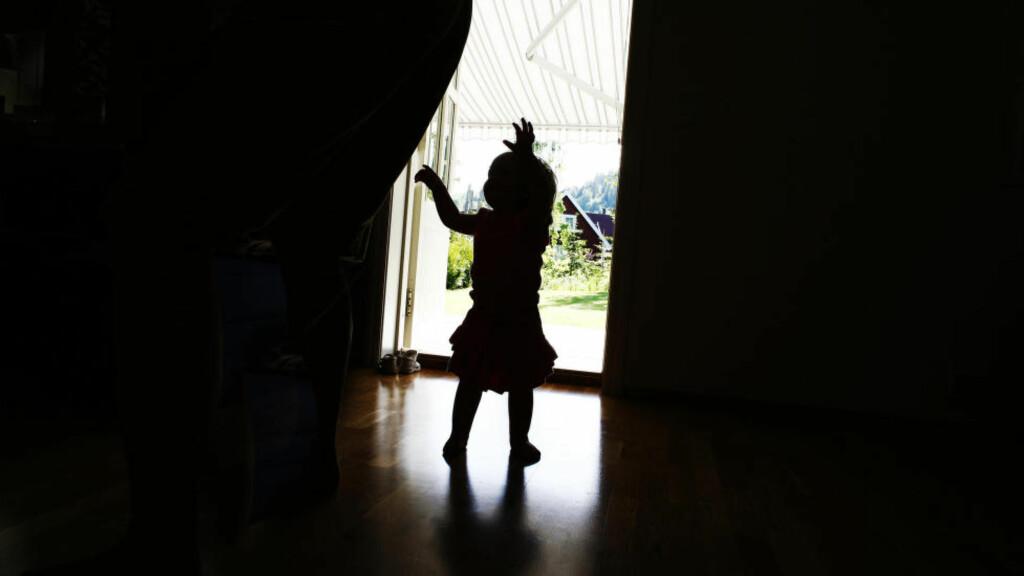 SÅRBART: Det er naturlig at barn som har hatt det godt i sitt hjem hos familien, kan bli utagerende og aggressive når de tas bort fra sitt miljø, mener artikkelforfatteren. Foto: Sara Johannessen / SCANPIX