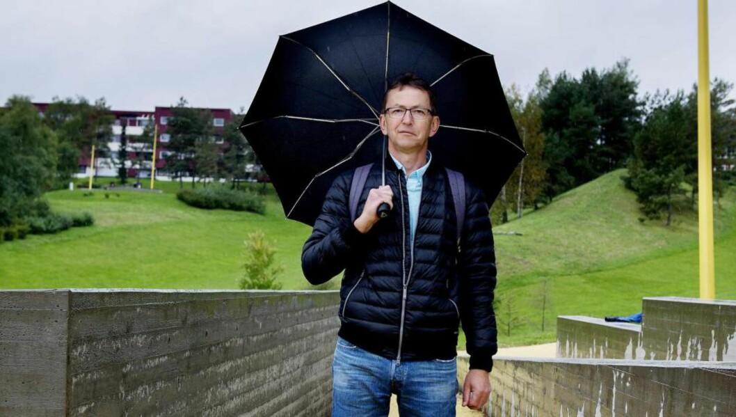 FORFATTER: Halvor Fosli bor på vestkanten i Oslo, men har skrevet bok om fremmedgjøring i Groruddalen.