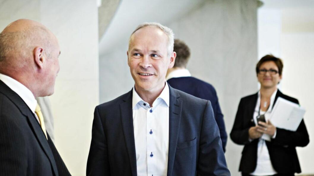 Oslo, 20140414. Kommunal- og moderniseringsminister Jan Tore Sanner la fram Kommuneproposisjonen for 2015. Foto: Nina Hansen / Dagbladet