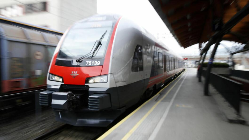 <strong>Intercity:</strong> Den rette linjen vil gi effektiv intercityløsning og kortest mulig reisetid Oslo-Gøteborg, skriver Ståle Solberg. Foto: Terje Pedersen / NTB scanpix