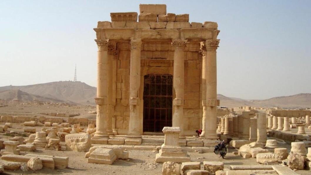 <strong>RASERT AV IS:</strong> Tempelet Baal Shamin i den historiske byen Palmyra ble ødelagt av IS søndag 23. august. Dette bildet er fra 2009. Foto: Reuters / NTB Scanpix