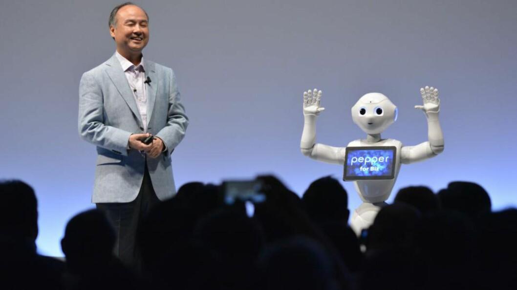 <strong>ARBEIDSLEDIGHET:</strong> Når robotene overtar middelklassejobbene må vi få en ny økonomisk og sosial samfunnsmodell, skriver Aksel Braanen Sterri. Foto: Afp Photo / Kazuhiro Nogi