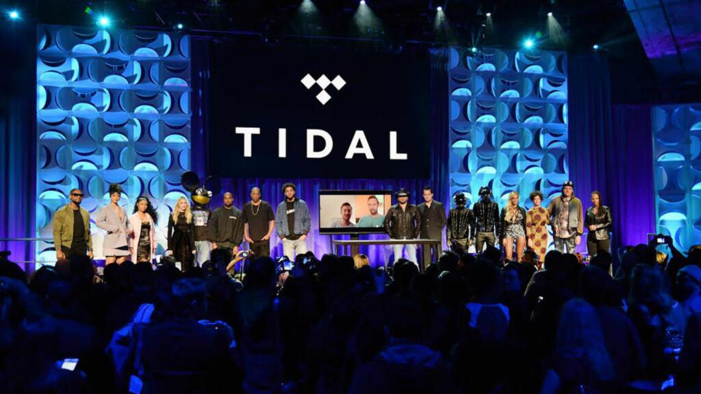 FOR EN GJENG: Usher, Rihanna, Nicki Minaj, Madonna, Deadmau5, Kanye West, Jay Z, Jason Aldean, Jack White, Daft Punk, Beyonce og Win Butler på slippmarkeringen av strømmetjenesten Tidal i New York mandag kveld. Den høye milliardærfaktoren førte til umiddelbar latterliggjøring i sosiale medier. Foto: Kevin Mazur/Getty Images For Roc Nation/Wimp/Scanpix