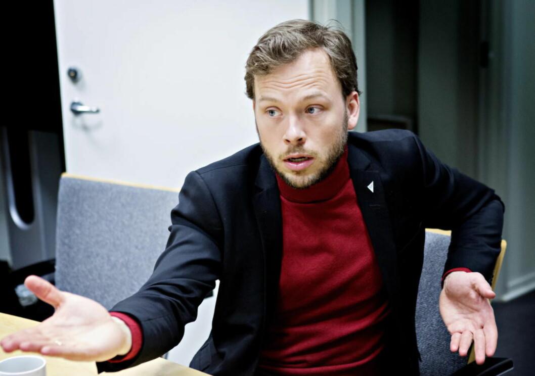 <strong>MÅ SKINNE:</strong> Audun Lysbakken ga seg selv frist til september 2013 med å snu den negative trenden for partiet.  Foto: Nina Hansen / Dagbladet