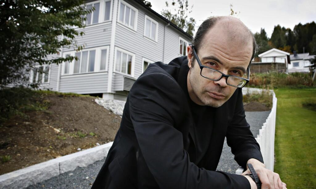 KJENT: Hans Olav Lahlum er et kjent fjes for de fleste. Da han gjestet «Nytt på nytt» forrige fredag, fikk han mindre hyggelige meldinger på telefonen. Foto: Jacques Hvistendahl / Dagbladet