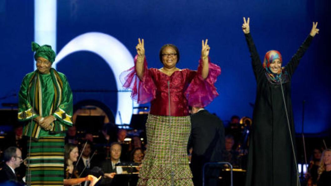 <strong>FREDSPRISVINNERNE:</strong> Ellen Johnson Sirleaf, Leymah Gbowee og Tawakkol Karman ble hyllet i Oslo Spektrum under fredspriskonserten. Foto: Odd R. Andersen/AFP