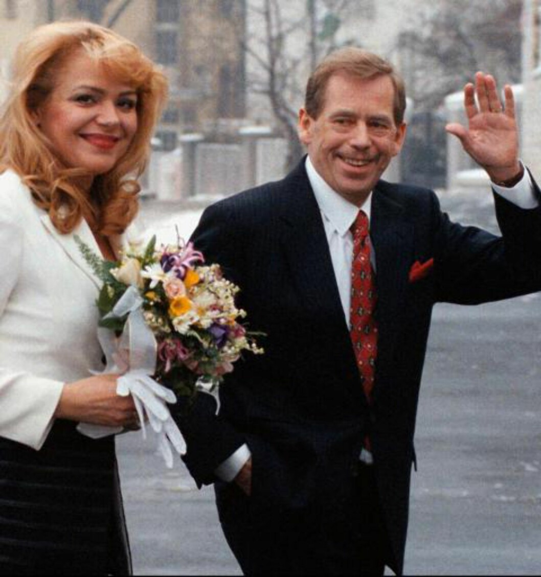 <strong>LITT MER BESKJEDENT:</strong> En av Europas store humanister og forkjempere for frihet og demokrati, Vaclav Havel, tidligere president i Tesjekkoslovakia og Tsjekkia, døde dagen etter Kim Jong-il. Foto: Stanislav Peska/CTK/AP