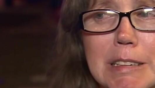 Mor fortviler etter terrorangrepet, vet ikke om sønnen er skadet eller død: - Ingen har hørt noe fra sønnen min