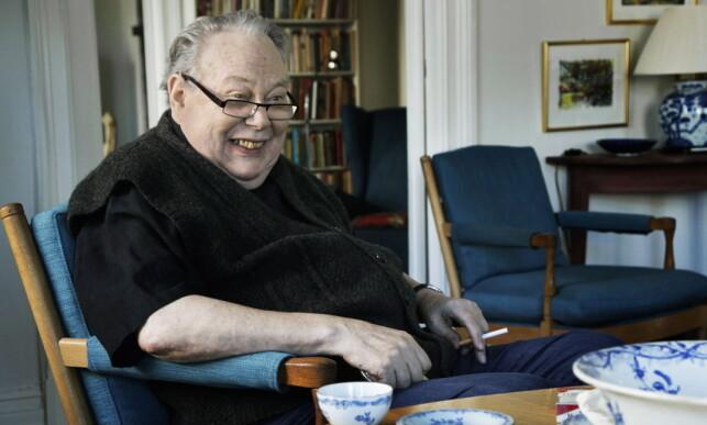 - EN HØVDING: Arve Solstad var en anerkjent journalist, og ble blant annet tildelt Fritt Ords honnørpris i 2000. Foto: Steinar Buholm / Dagbladet.