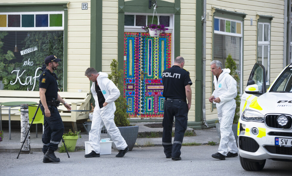 ETTERFORSKNING: Politiet etterforsker drapet, som skjedde på Evanger i Voss kommune. Foto: Marit Hommedal / NTB Scanpix