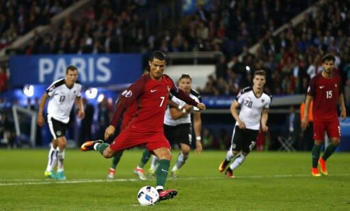 BOM: Ronaldos straffe. Foto: EPA/ABEDIN TAHERKENAREH