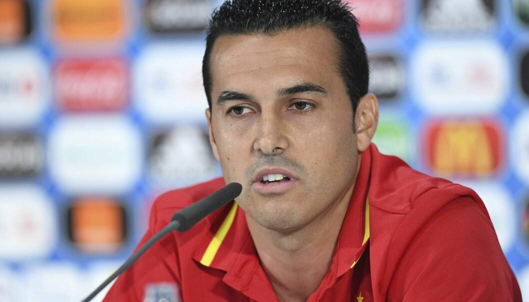 <strong>FRUSTRERT:</strong> Pedro Rodriguez er frustrert over lite spilletid for Spania og legger ikke skjul på det. Foto: EPA/UEFA HANDOUT  HANDOUT EDITORIAL USE ONLY/NO SALES/NO ARCHIVES