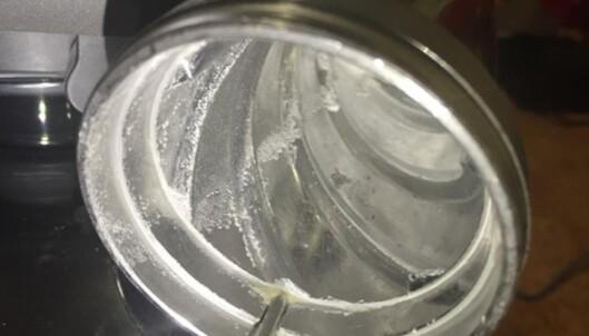 Denne kjøkkenmaskinen ble beslaglagt fra 23-åringens leilighet. Foto: Politiet