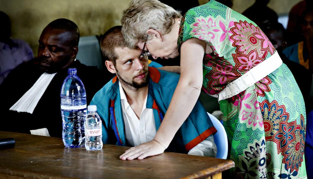 <strong>UTSKREVET:</strong> Joshua French er blitt flyttet tilbake til fengselet i Kinshasa etter å ha vært innlagt på sykehus i over fem måneder. Foto: Marte Christensen / NTB scanpix