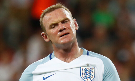 SKUFFET: Wayne Rooney og England. Foto: REUTERS/Kai Pfaffenbach