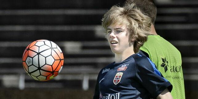 image: Hvis Edvard (15) er bedre enn verdens beste Martin (15), kan Høgmo ta ut en ny guttunge til høsten