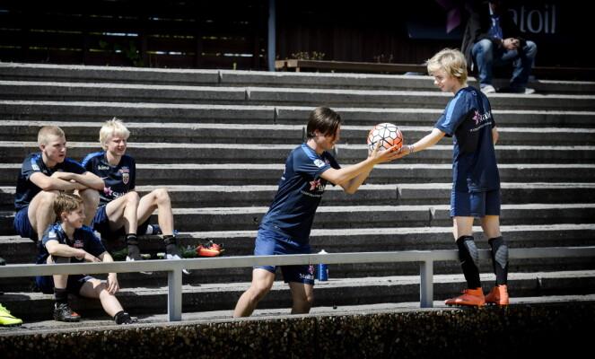 TRIVES PÅ SAMLING: Sandvik Tagseth setter pris på å være på G15-landslaget. Foto: John T. Pedersen/Dagbladet