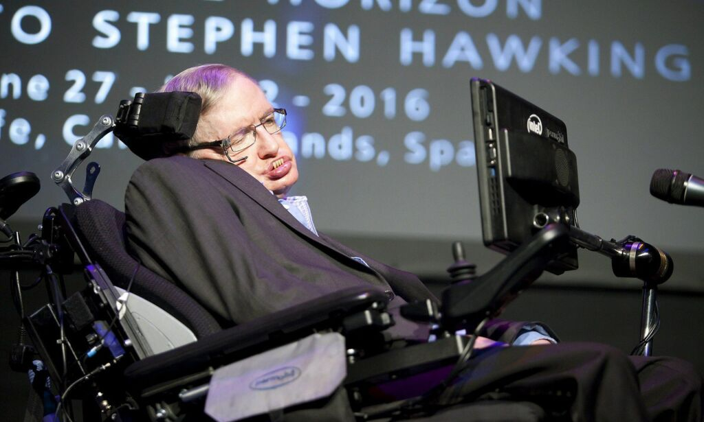 epa05397842 British physicist Stephen Hawking gives a speech about his the documentary 'A Brief History of Mine' at the 3rd Starmus Festival held in Arona, Tenerife, Canary Islands, Spain, 29 June 2016. The Starmus Festival 2016 will be the venue for experts from astronomy, art and music, from 27 June to 02 July, with the aim of making universal science and art accesible to the public. This edition is devoted to Hawking, considered one of the greatest scientists of all time.  EPA/RAMON DE LA ROCHA