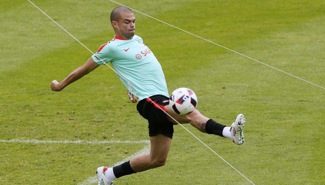 <strong>SMÅSKADD:</strong> Portugals Pepe. Foto: NTB Scanpix/REUTERS/Gonzalo Fuentes