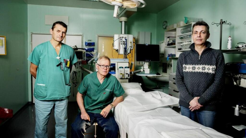 PÅ OPERASJONSSALEN: Transplantasjonskirurg Pål-Dag Line og kreftlege Svein Dueland er sentrale i det banebrytende forskningsprosjektet som har æren for at Magne Rønningen er i live. Foto: Siv Johanne Seglem/Dagbladet