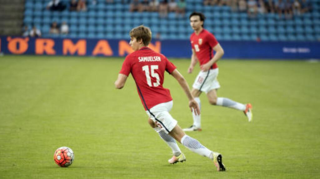 DEBUT:  Martin Samuelsen fikk 37 minutter mot Island onsdag. Han kom inn for Pål André Helland. Foto: NTB Scanpix