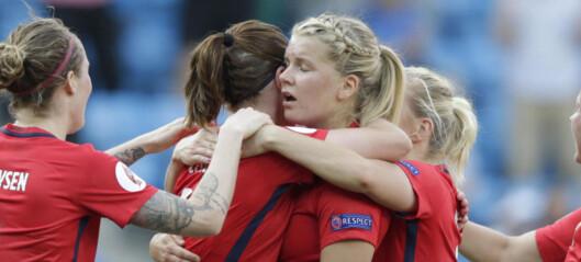 Glem Atletico Madrid, Finjord - prøv heller å få jentene til å treffe en spiller i rødt, hvitt og blått