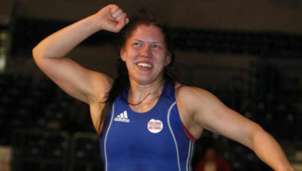 SAVNET ANERKJENNELSE: Erlandsen følte hun ikke fikk anerkjennelse nok av bryterforbundet i sin karriere. Her etter EM-gullet i 2012. Foto: Alexandar Djorovic / SCANPIX