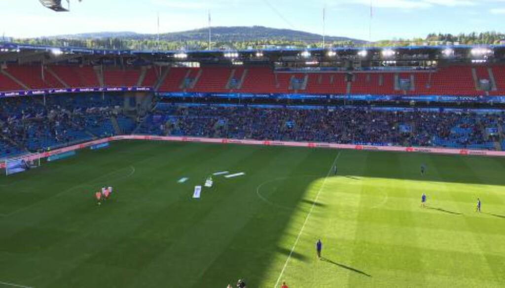 MANGE TOMME SETER:  Ullevaal har hatt bedre oppmøte på 16. mai enn i går. Tilskuertallet ble oppgitt til å være drøye 9000. Foto: Tore Ulrik Bratland