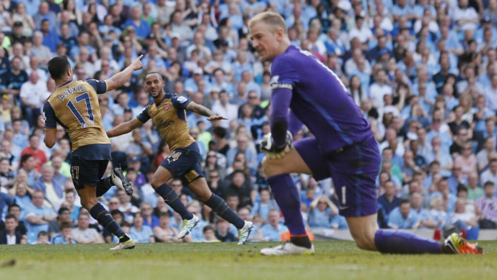 UTLIKNET: Alexis Sanchez hamret inn 2-2 for Arsenal etter glitrende veggspill med Olivier Giroud. Joe Hart ble lurt av chilenerens avslutning i korthjørnet. Foto: Action Images / Reuters / Jason Cairnduff / NTB Scanpix
