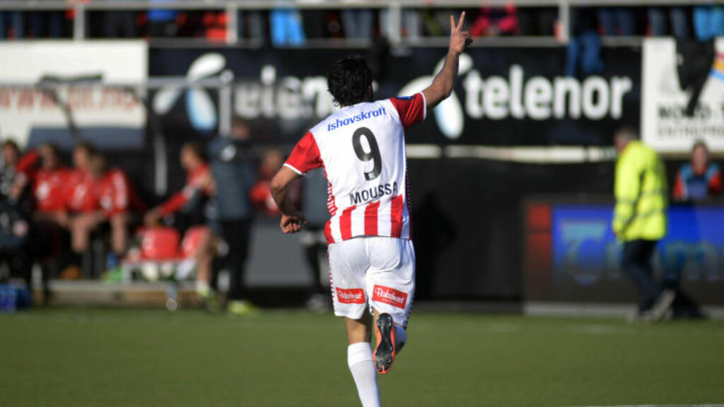 JUBEL: Sofien Moussa senket Brann med kampens eneste scoring.  Foto: Rune Stoltz Bertinussen / NTB scanpix