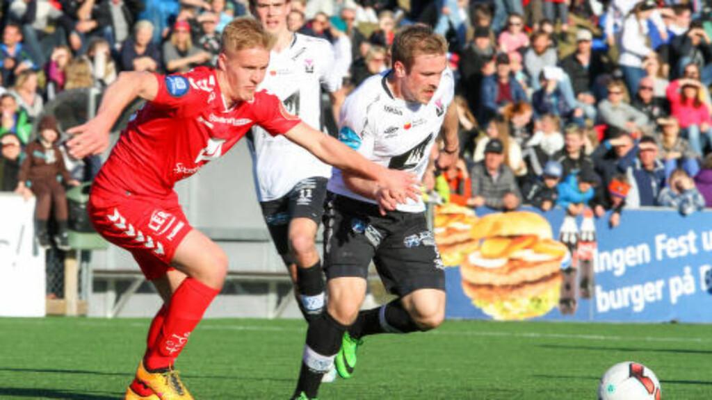 OVERRASKET: Daniel Kvalvågnes og Eirik Lund Holm fra Førde, sendte ut Dani Hatakka (t.v.) og Brann. Foto: Christian Blom / NTB scanpix