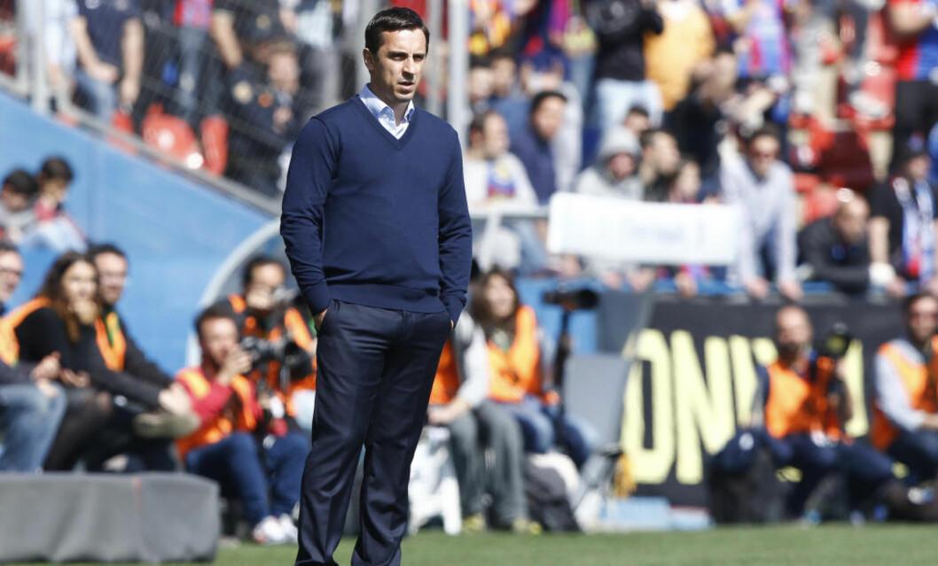 <strong>SATT PÅ SIDELINJA:</strong> Gary Neville har fått sparken i Valencia. Foto: Bagu Blanco/BPI/REX/Shutterstock/ NTB Scanpix