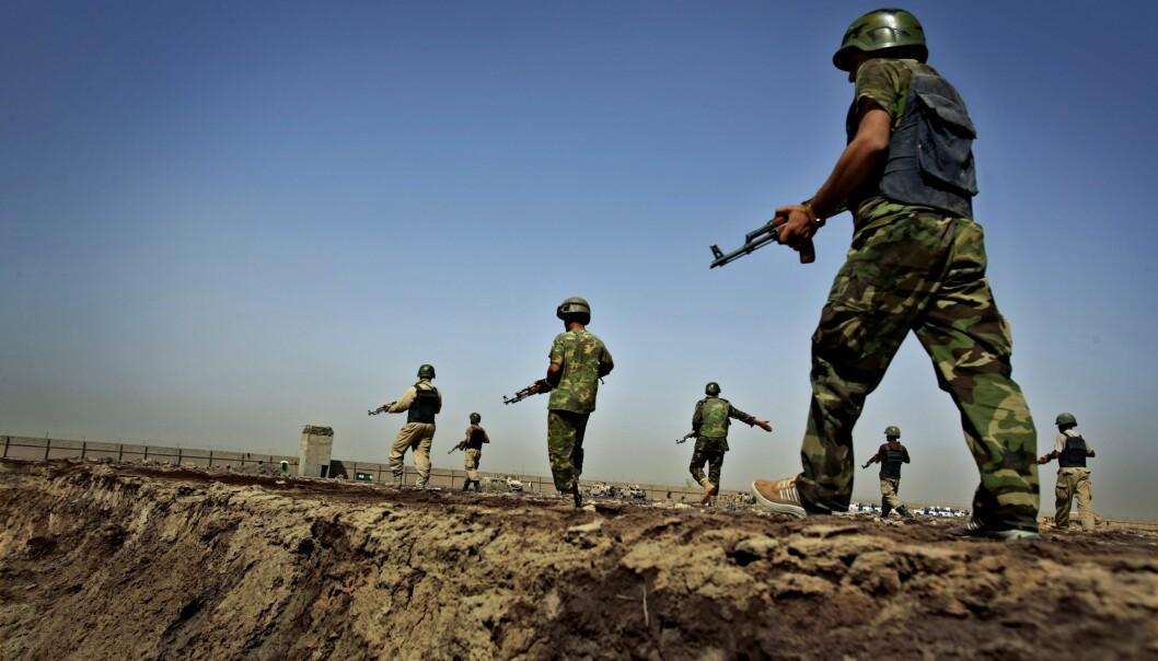 <strong>IRAKISKE STYRKER:</strong> &nbsp;NATO har drevet opplæring av irakiske sikkerhetsstyrker i Jordan, men skal nå også bistå inne i Irak. Dette blir besluttet på NATOs toppmøte i Waszawa fredag og lørdag. Bildet viser irakiske styrker under opplæring av amerikanske tropper. Foto: Paul Hansen/ SCANPIX SWEDEN