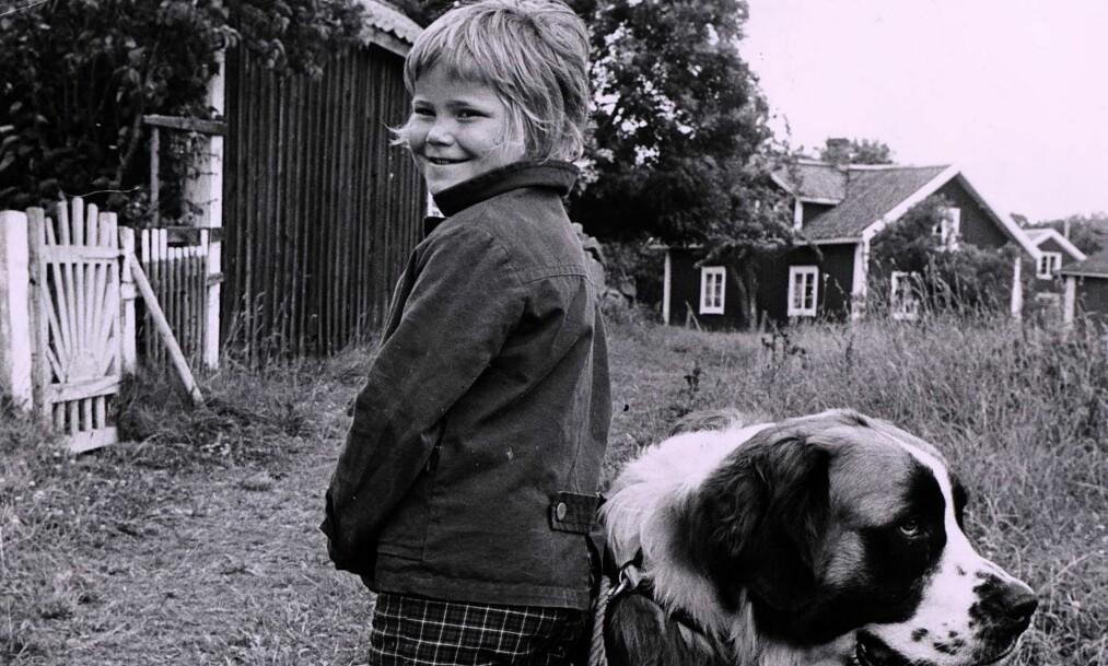 """<strong>SOMMERBOK:</strong> Maria Johansson som Tjorven, med Båtsmann i tv-serieversjonen av """"Vi på Saltkråkan"""". Foto: NTB SCANPIX"""