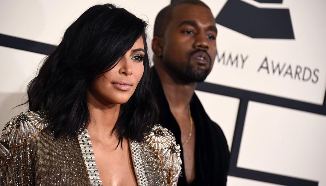 <strong>DELTE VIDEOKLIPP:</strong> Kim Kardashian tar rapperektemannen i forsvar i krangelen med Taylor Swift, og publiserte søndag videoopptak av en telefonsamtale mellom de to artistene på sin populære Snapchat-konto. Foto: Jordan Strauss / AP / Scanpix