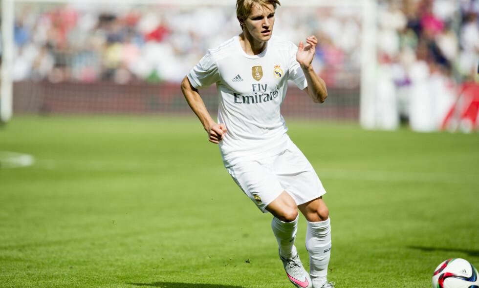 FÅR SJANSEN? Spanske medier hevder at Martin Ødegaard får sin første kamp fra start i Real Madrid-trøya i kveld. Foto: Vegard Wivestad Grøtt / NTB Scanpix