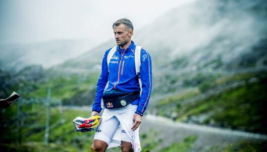 NATUR: Petter Northug tok seg god tid i målområdet forankret i den vakre naturen etter Lysebotn Opp. Foto: Thomas  Rasmus skaug / Dagbladet