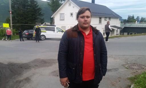 NABO: Magnus Johannessen kjørte forbi da en ambulanse føk forbi i full fart: Foto: Lars Andersen