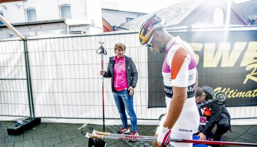 PÅ PLASS: May Fredly Northug på stavpost er ensbetydende med suksess for Petter Northug. Foto: Thomas  Rasmus skaug / Dagbladet