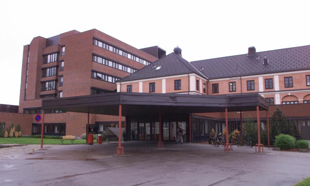 """<strong>ELVERUM:</strong> To av divisjonene til Sykehuset Innlandet har gjennomført en overlevelseanalyse på """"siste 50 dødsfall"""". Pårørende av de undersøkte er ikke informert om analysen. Foto: Morten Holm / SCANPIX"""