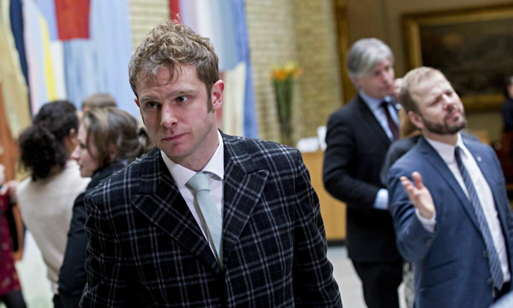 RETT MEDISIN: Snorre Valen (SV) er i likhet med politikere fra andre partier bekymret for prisutviklingen i boligmarkedet. Han er imidlertid den eneste som tør å snakke om virkemidlet som virker, nemlig skatt. Foto: Torbjørn Berg / Dagbladet