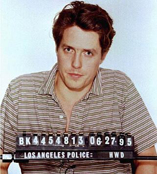 BILDET SOM GIKK VERDEN RUNDT: Hugh Grants arrestasjonsbilde fra 1995. Foto: Los Angeles Police Department / Reuters / NTB Scanpix