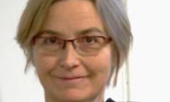 """<strong>FORSKER:</strong> Fførsteamanuensis Elinor Ytterstad ved UiT har studert dødeligheten blant nordmenn som nylig har mistet ektefellen sin. - Det dør langt flere enn forventet sammenliknet med andre gifte i samme aldersgruppe som ikke har mistet sin kjære, sier<span style=""""font-size: 14px; font-weight: normal;"""">&nbsp;</span>Ytterstad til Dagbladet.<div><br></div>"""