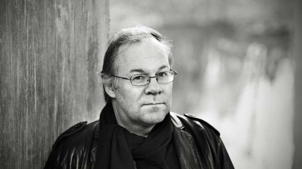 PÅ CAPRI: Tron Jensens nye roman handler om en desillusjonert drømmer på Capri. Foto: OKTOBER